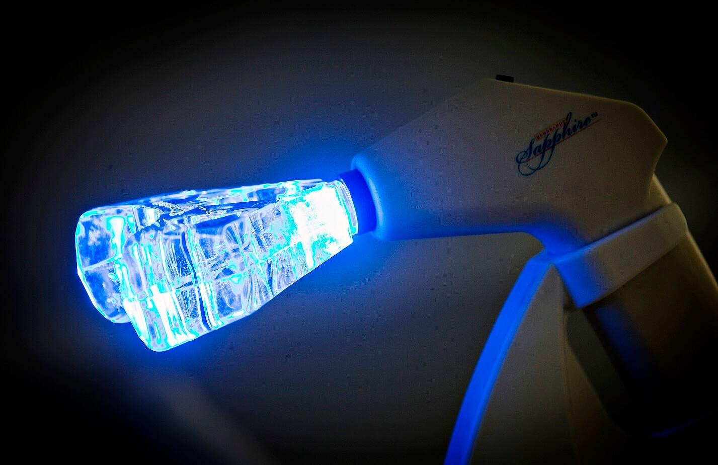 Lampa na bělení zubů